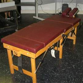 94: THULE PORTABLE CHIROPRACTIC TABLE: With Case.