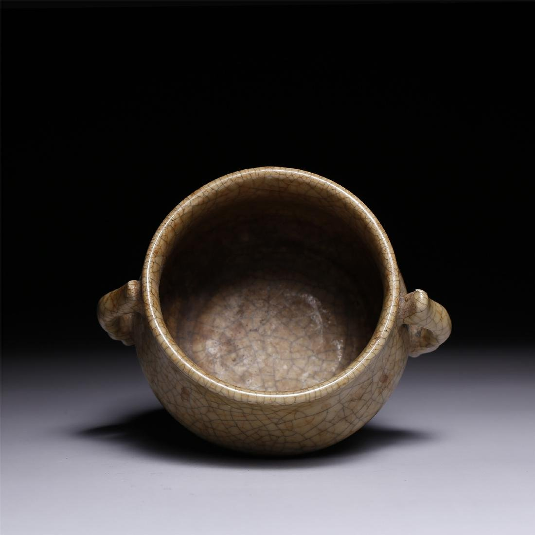 A CHINESE CRACKLE GLAZED TWIN-HANDLE CENSER - 3