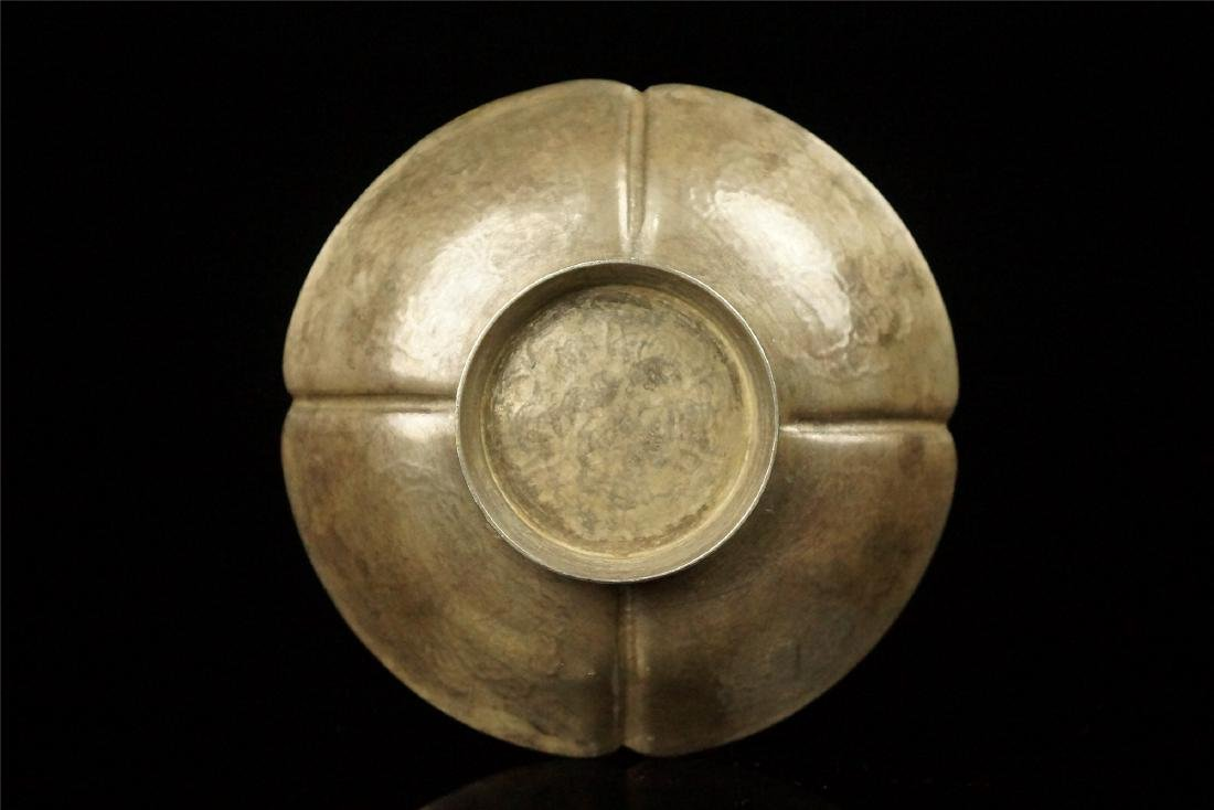 A PARCEL GILT SILVER FLOWER SHAPED STAND, TANG DYNASTY - 6