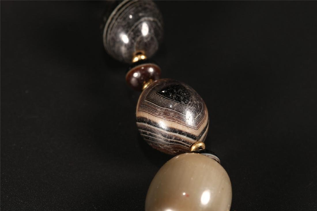 A SET OF CHINESE AGATE PRAYER BEADS - 6