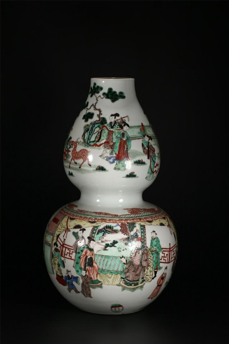 A CHINESE POLYCHROME PORCELAIN DOUBLE GOURD VASE - 3