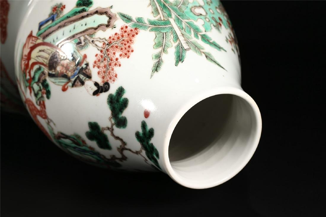 A CHINESE POLYCHROME PORCELAIN DOUBLE GOURD VASE - 9