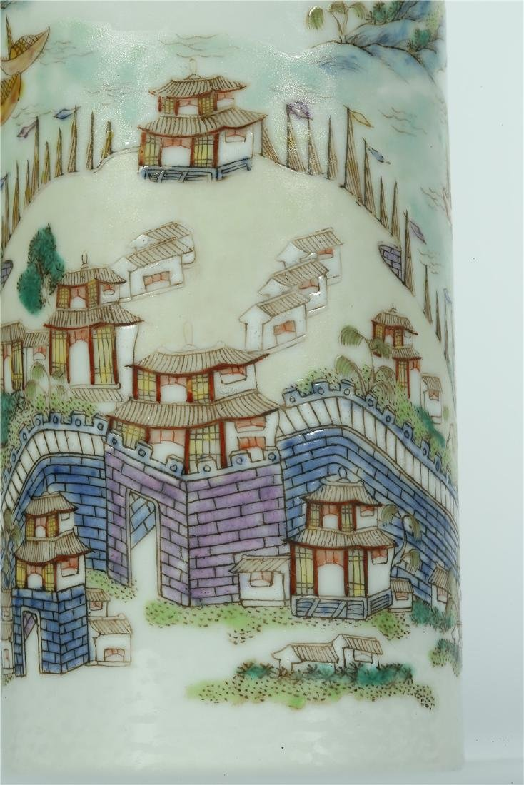 A CHINESE FAMILLE ROSE PORCELAIN BRUSH POT - 2