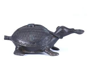 """A CHINESE BRONZE """"TURTLE"""" WATER DROPPER"""
