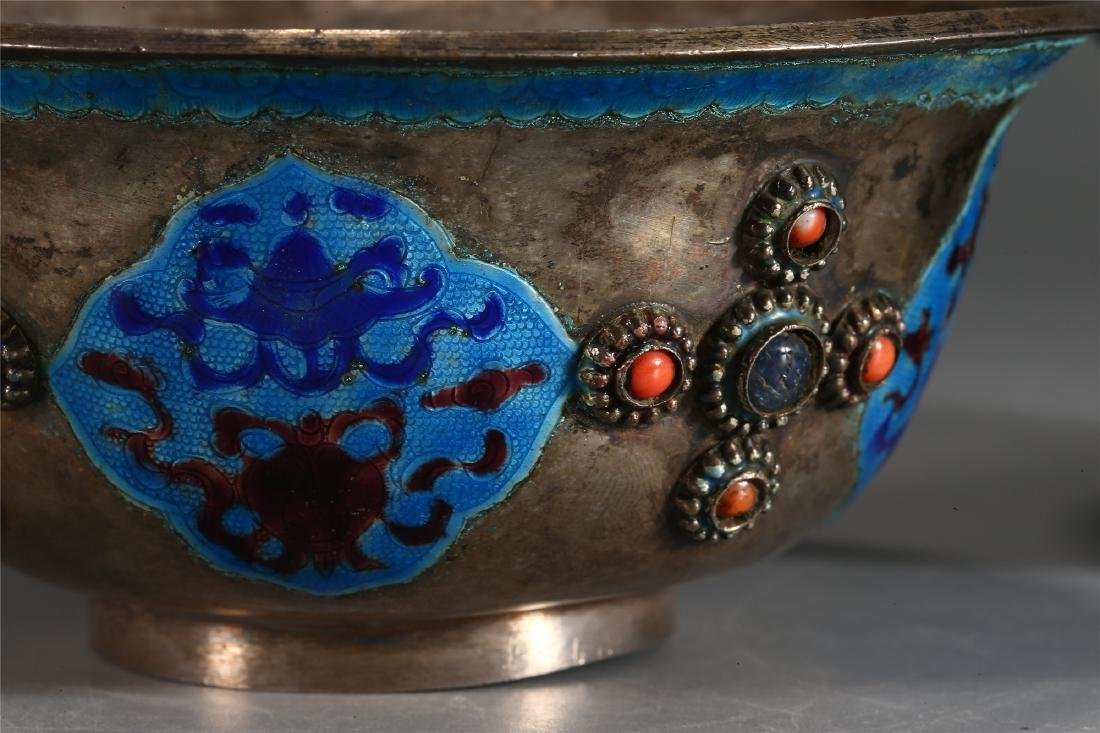 PAIR OF CHINESE SILVER AND ENAMEL CUPS - 4