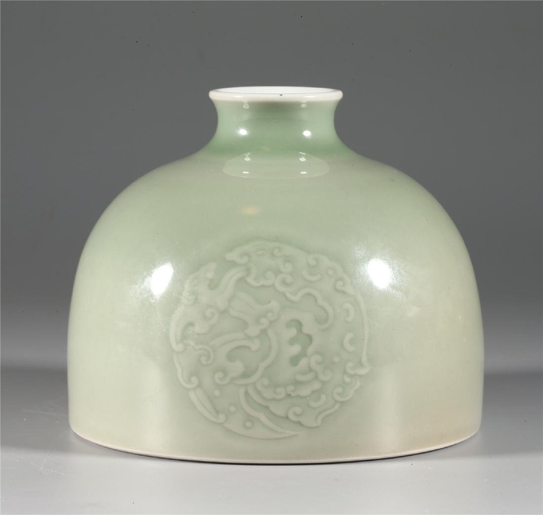 CHINESE CELADON GLAZED PORCELAIN WATER POT