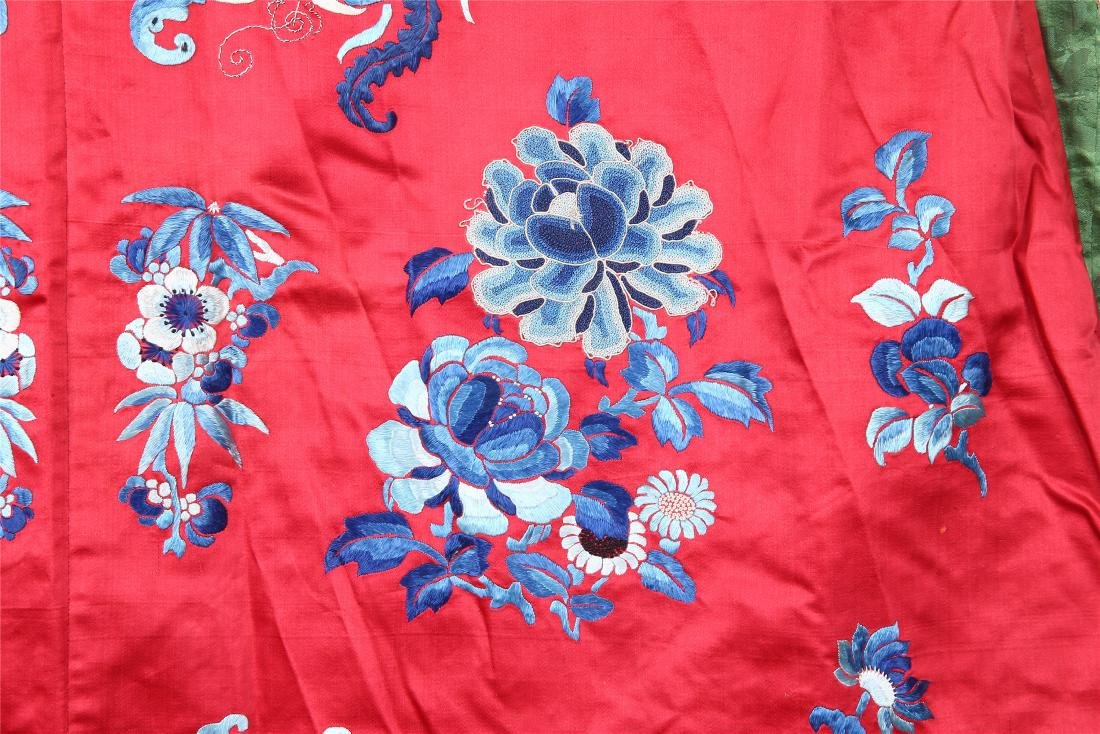 CHINESE EMBROIDERED SILK WOMAN'S COAT - 10