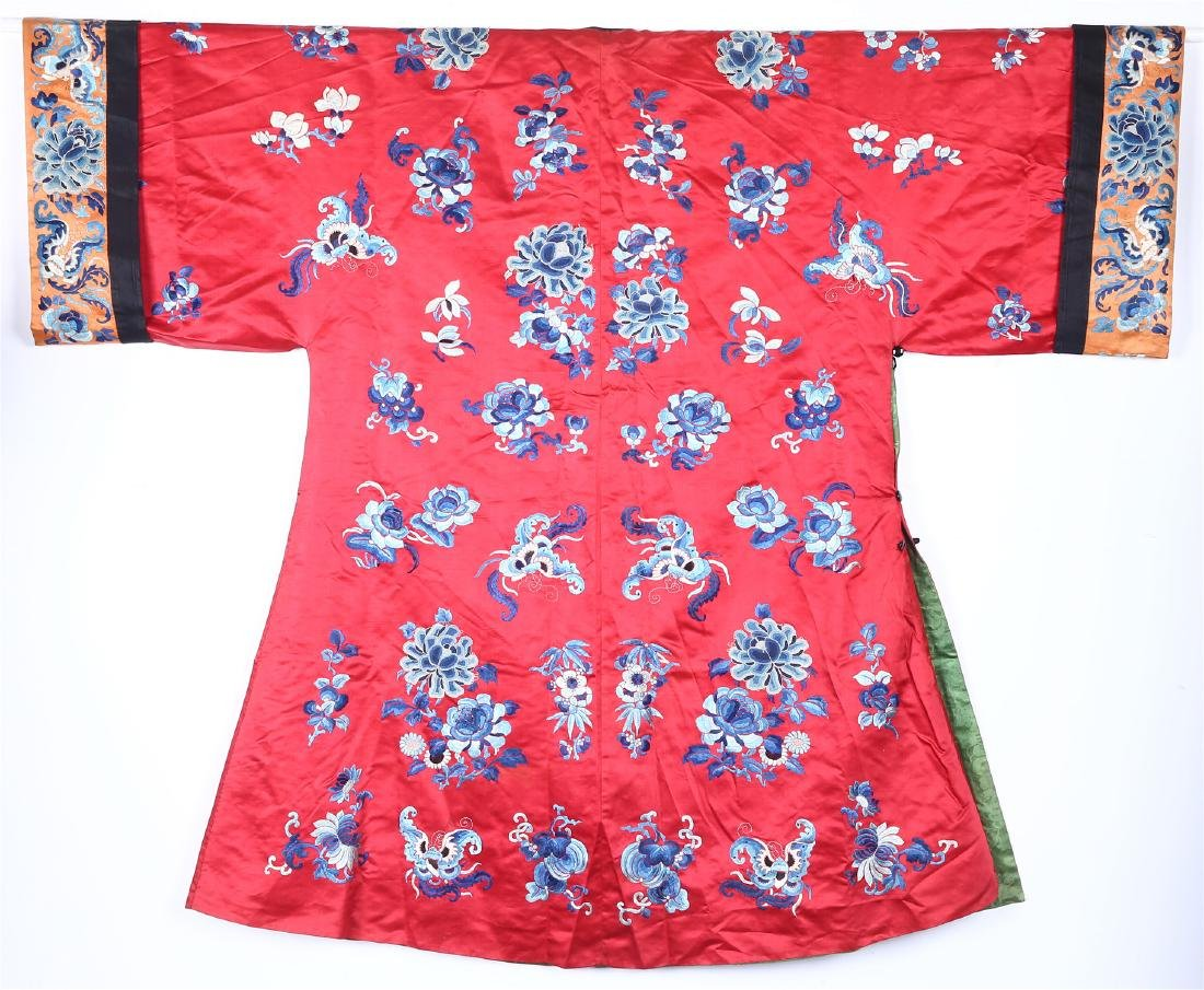 CHINESE EMBROIDERED SILK WOMAN'S COAT - 8