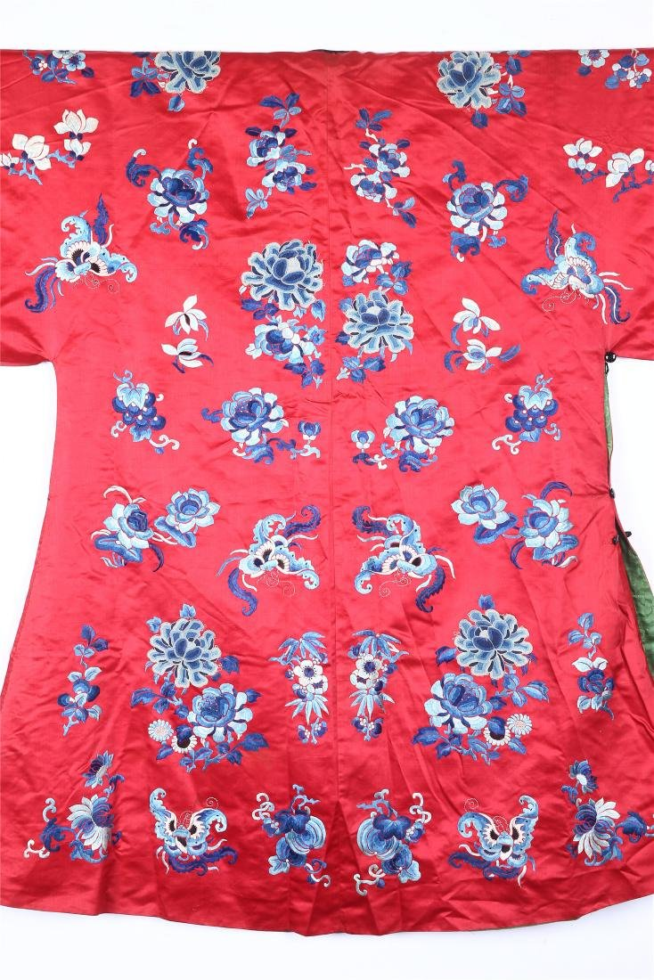 CHINESE EMBROIDERED SILK WOMAN'S COAT - 9