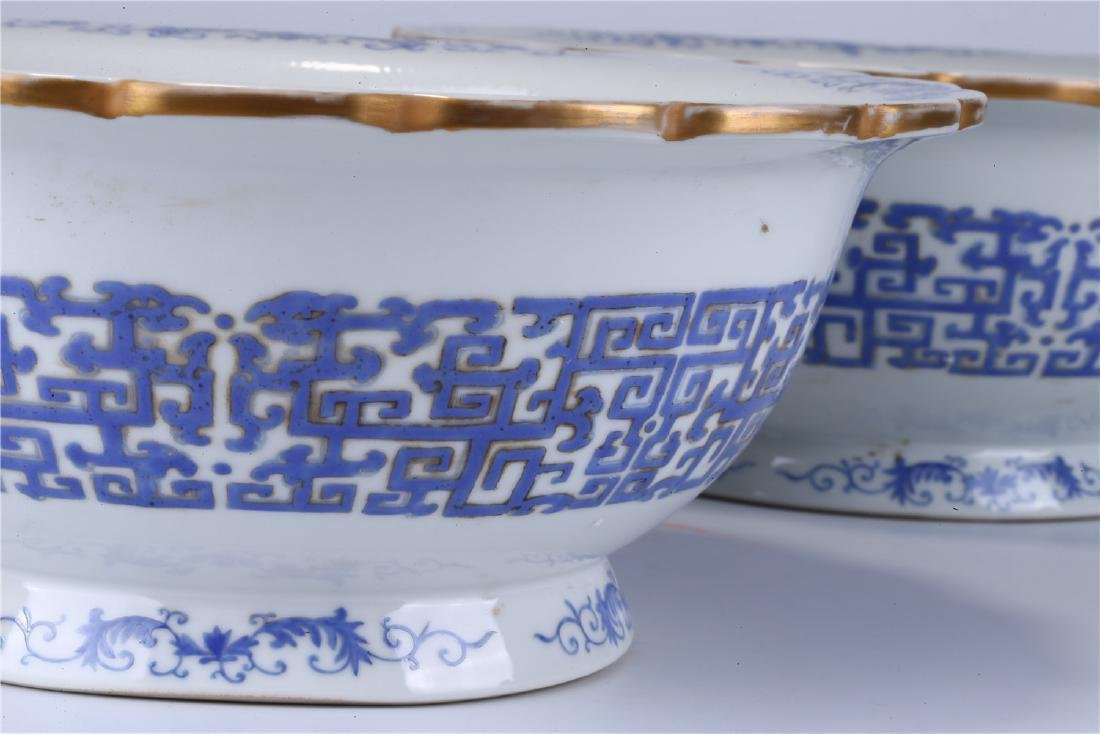 PAIR OF CHINESE FAMILLE ROSE PORCELAIN PLANTERS - 4