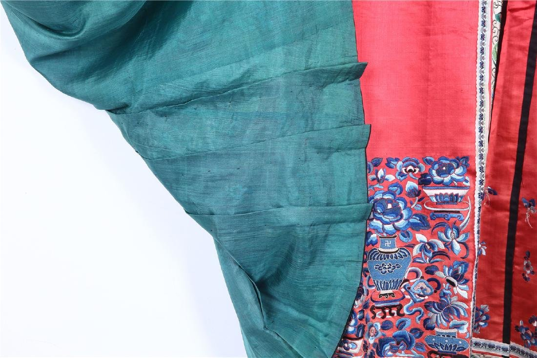 CHINESE EMBROIDERED SILK SKIRT - 7