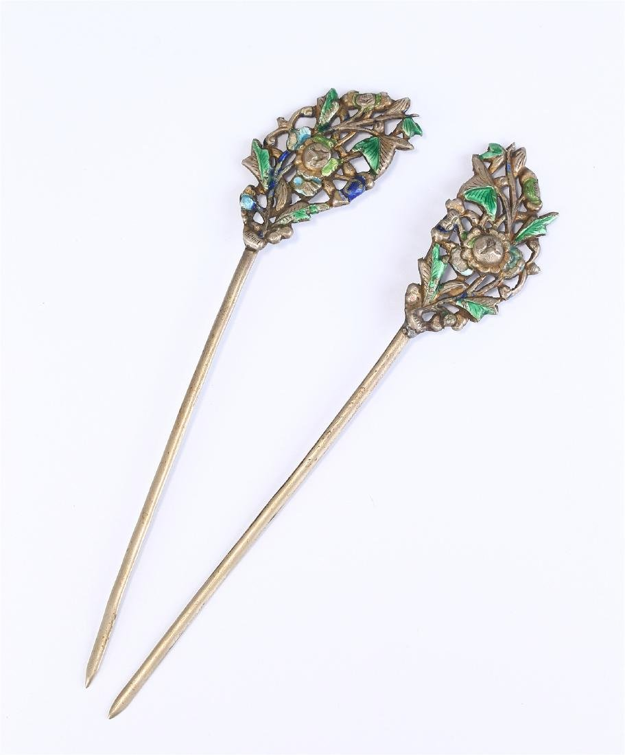 PAIR OF CHINESE SILVER AND ENAMEL HAIR PINS