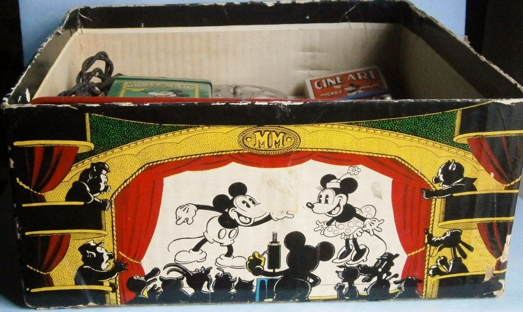 1930s Mickey Mouse Movie Projector by Keystone Mfg. Co. - 8