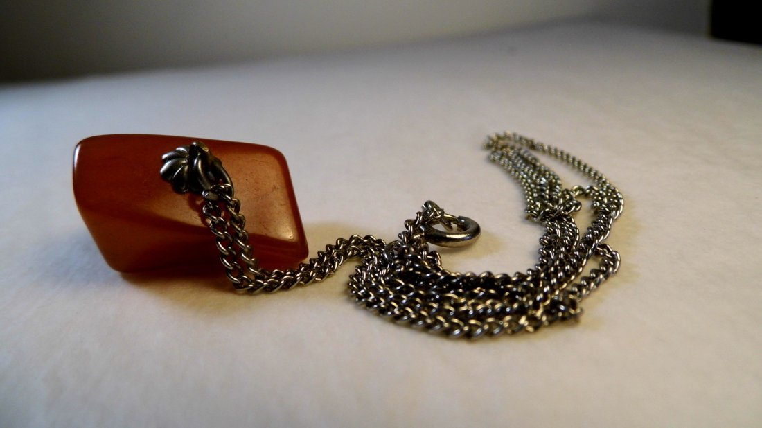 Vintage Amber Pendant Necklace - 4