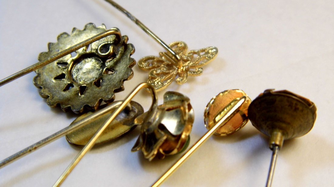 6 Antique Victorian Pins - 7
