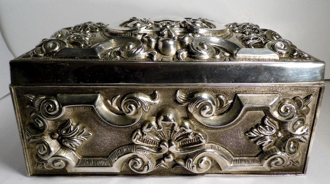 Vintage French Louis Style Silverplate Vanity Box - 10