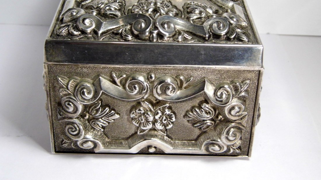 Vintage French Louis Style Silverplate Vanity Box - 2
