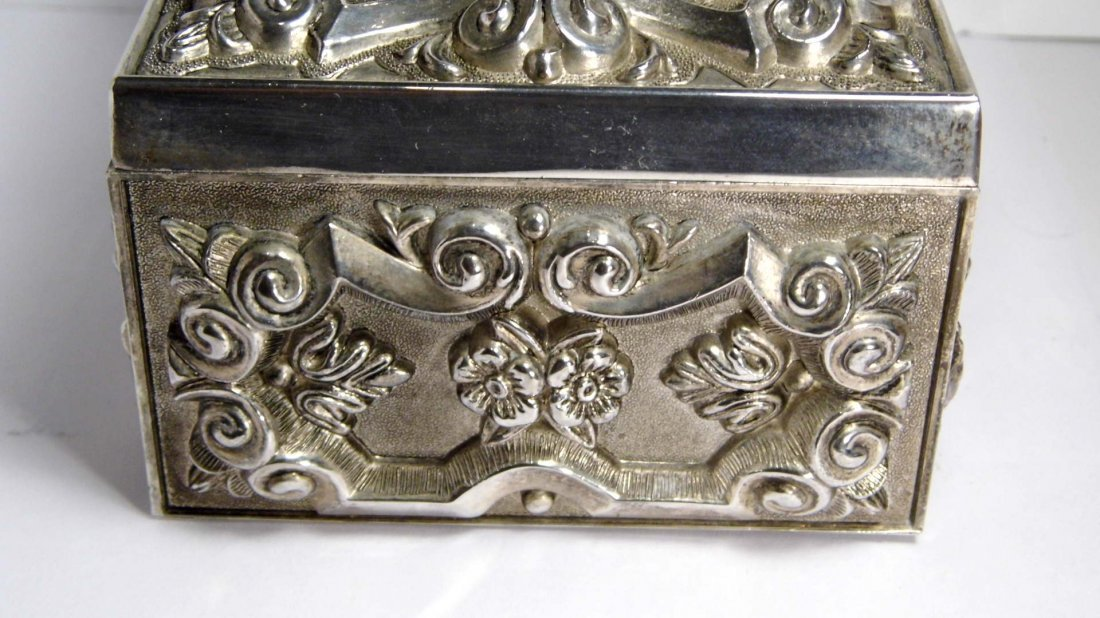 Vintage French Louis Style Silverplate Vanity Box - 3