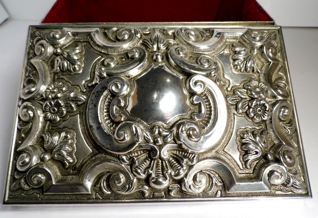 Vintage French Louis Style Silverplate Vanity Box - 5