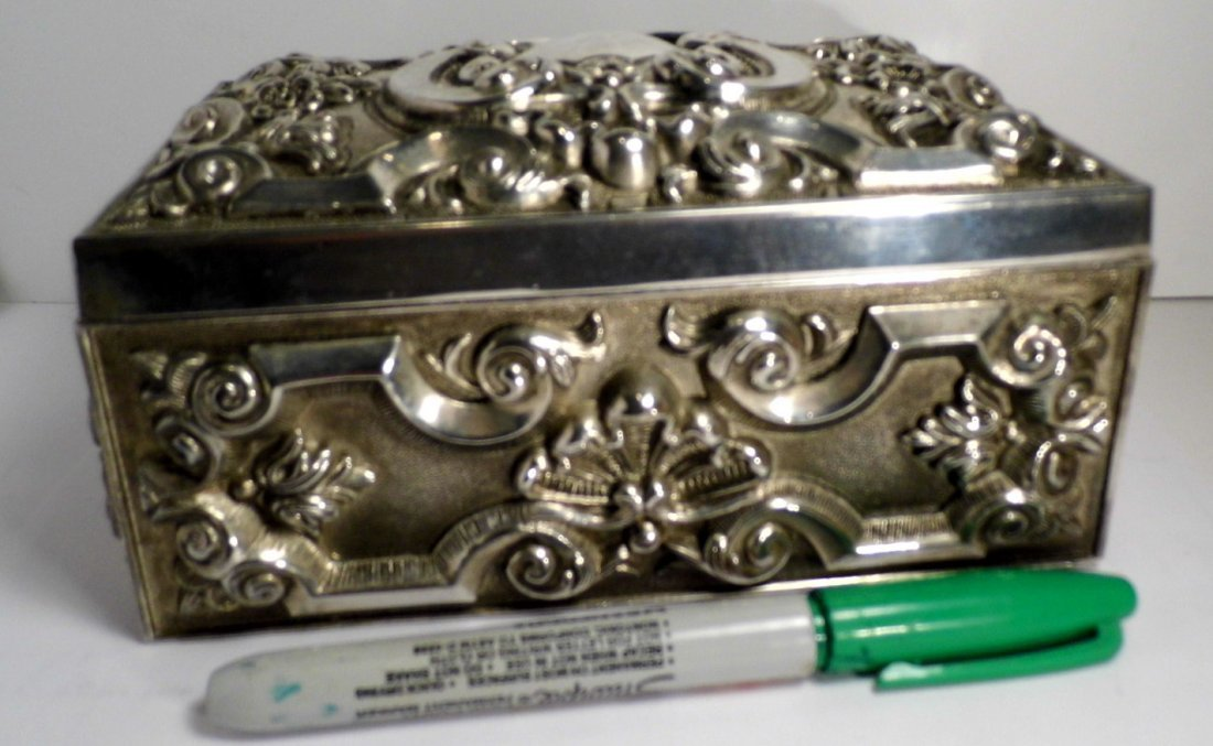 Vintage French Louis Style Silverplate Vanity Box - 6