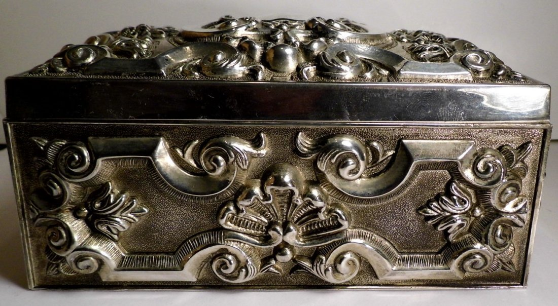 Vintage French Louis Style Silverplate Vanity Box - 7