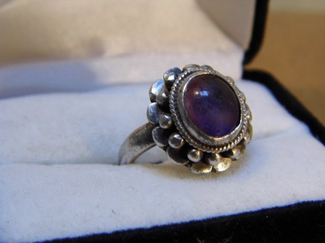 Vintage Native American Silver & Amethyst Ring 8 1/4