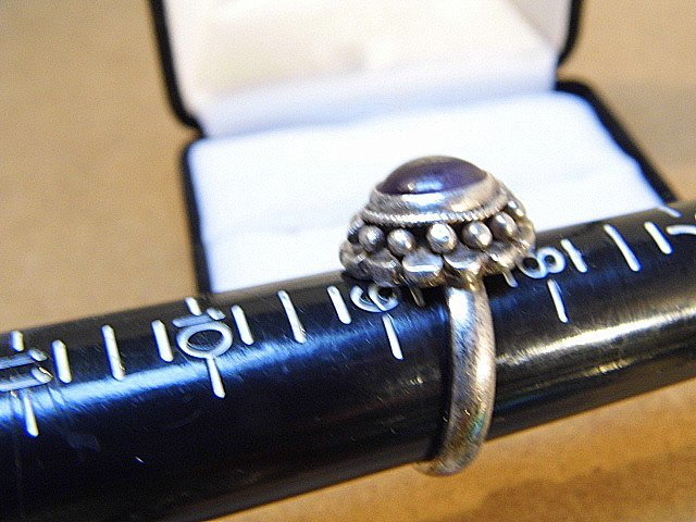 Vintage Native American Silver & Amethyst Ring 8 1/4 - 2