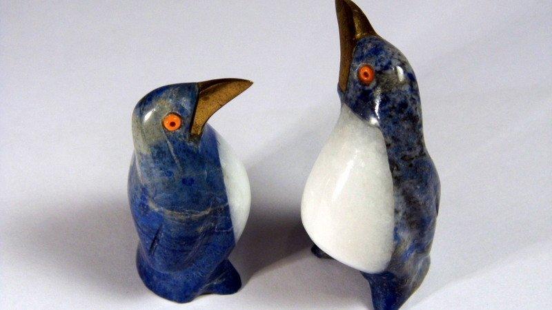 2 Lapis Quartz Figurines Penguins Coral Eyes Too Cute! - 2