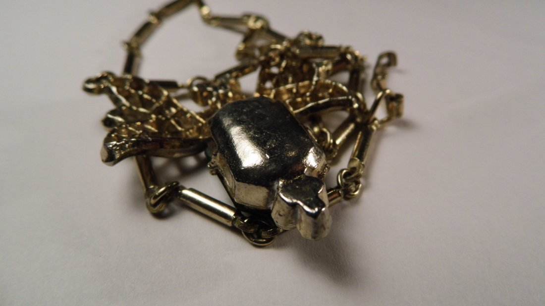 1940's Art Deco Cut Emerald Glass Necklace - 5
