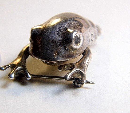 Killer Vintage Sterling Silver Mechanical Frog Brooch