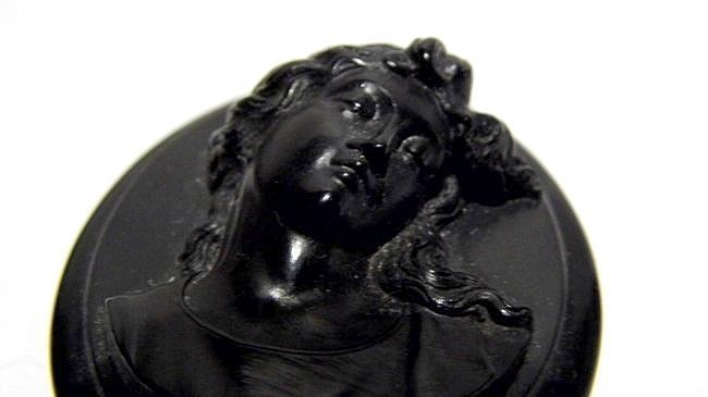 Bakelite Victorian Cameo Mourning Necklace Pendant - 2