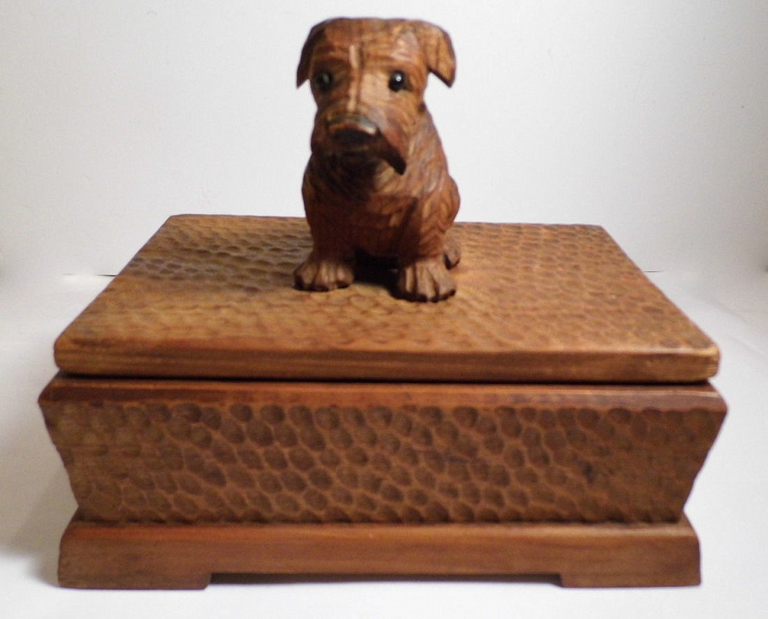 Vintage Germany Alpine Kiefer Carved Scottie Dog Box - 2