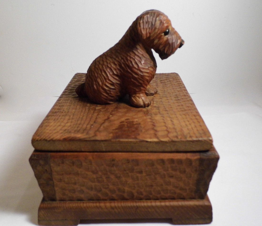 Vintage Germany Alpine Kiefer Carved Scottie Dog Box - 3