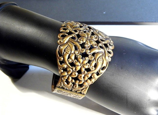 Vintage Ornate Wide Copper Cuff Bracelet - 5