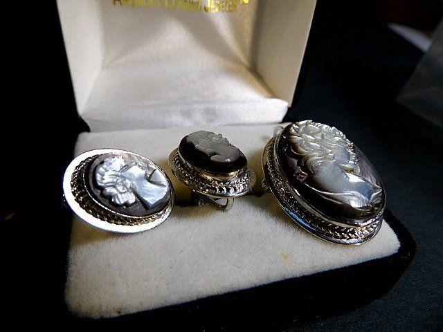 Vintage Van Dell Cameo Necklace Pendant.Brooch Earrings
