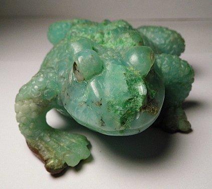 Vintage Carved Green Chrysophrase Frog Manner of Dreher
