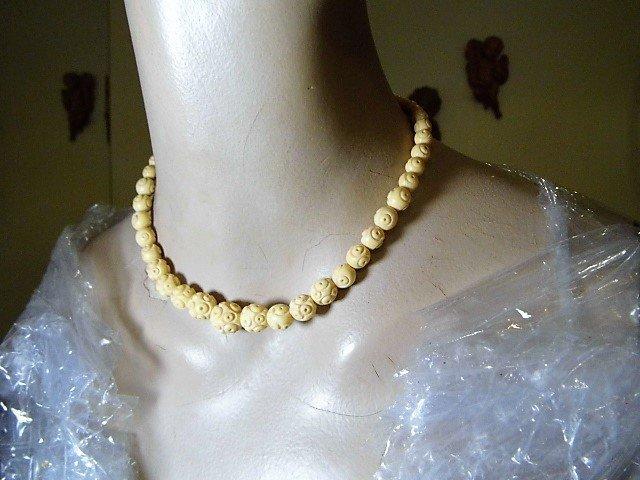 Unique Vintage Carved Bone Graduated Bead Necklace