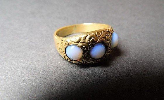 Vintage 14 Karat Opal Ring Vibrant Stones sz 7 - 7