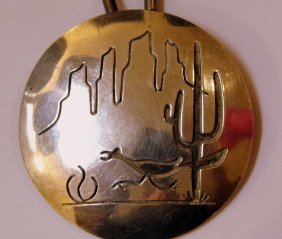 Southwestern Disc Pendant Necklace Roadrunner Mesas