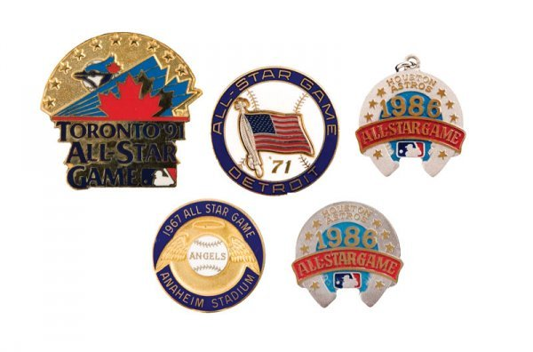 513: Collection of All Star Game Pins (5)