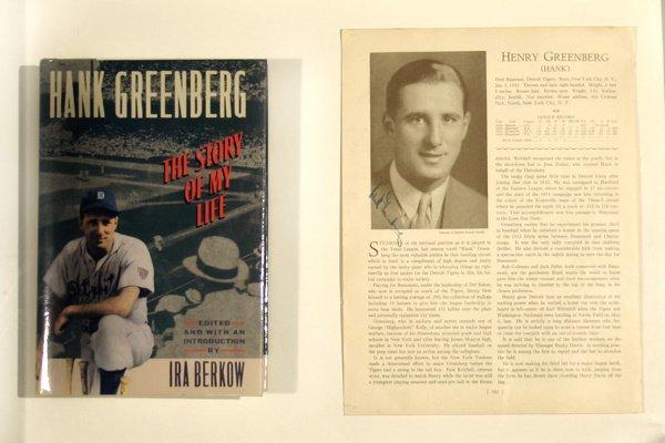 """671: Hank Greenberg Signed Pg """"Who's Who ML LOA"""