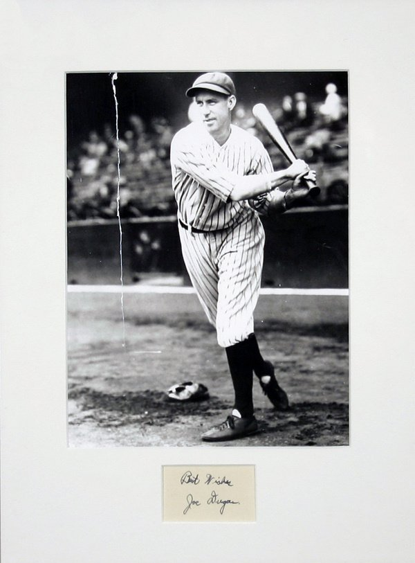 680: 1927 New York Yankees Cut Signatures (5)