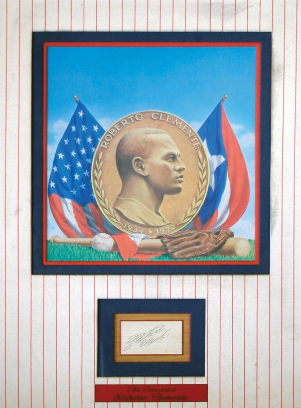 684: Roberto Clemente Signature with Illustration LOA