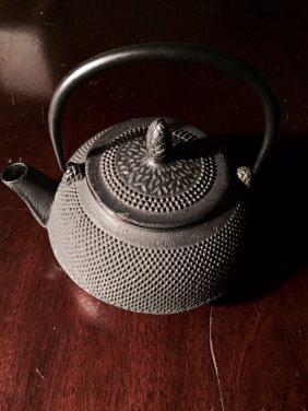 Japanese Iron Tea Pot