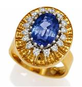 Tansanite-Diamond-Ring