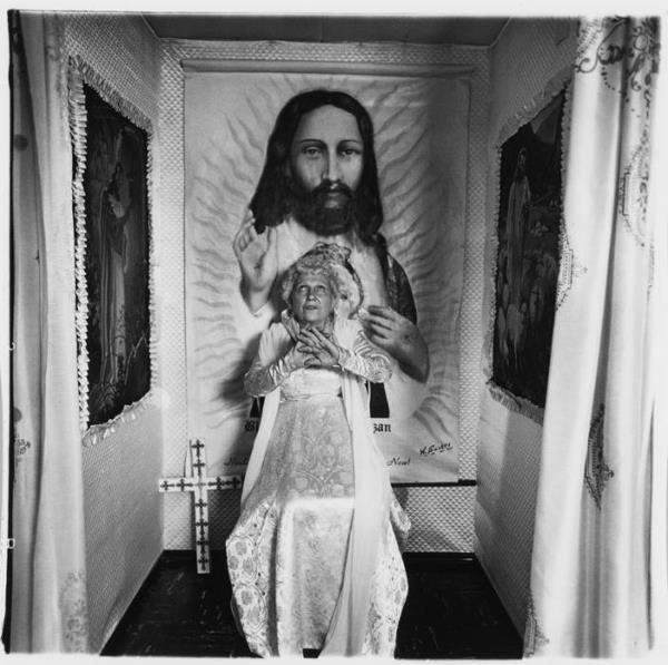 """2: Arbus, Diane 1923 New York - 1971  """"Bishop at the al"""