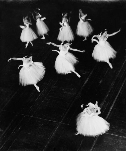 1127: M. Winkler-Betzendahl Swan lake Ballet Stuttgart