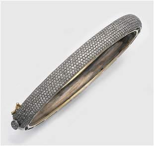 Russischer Diamantarmreif