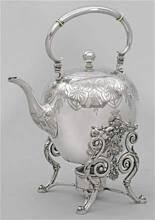 Gro223er Teekessel mit Rechaud
