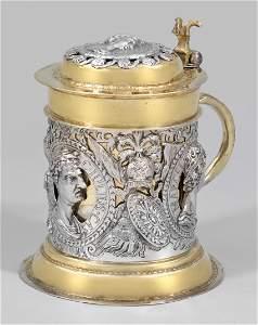 Großer Augsburger Deckelhumpen mit römischen